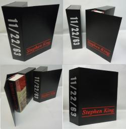 stellt eine Tür dar, Overlook Connection, Slipcase, USA, 2011